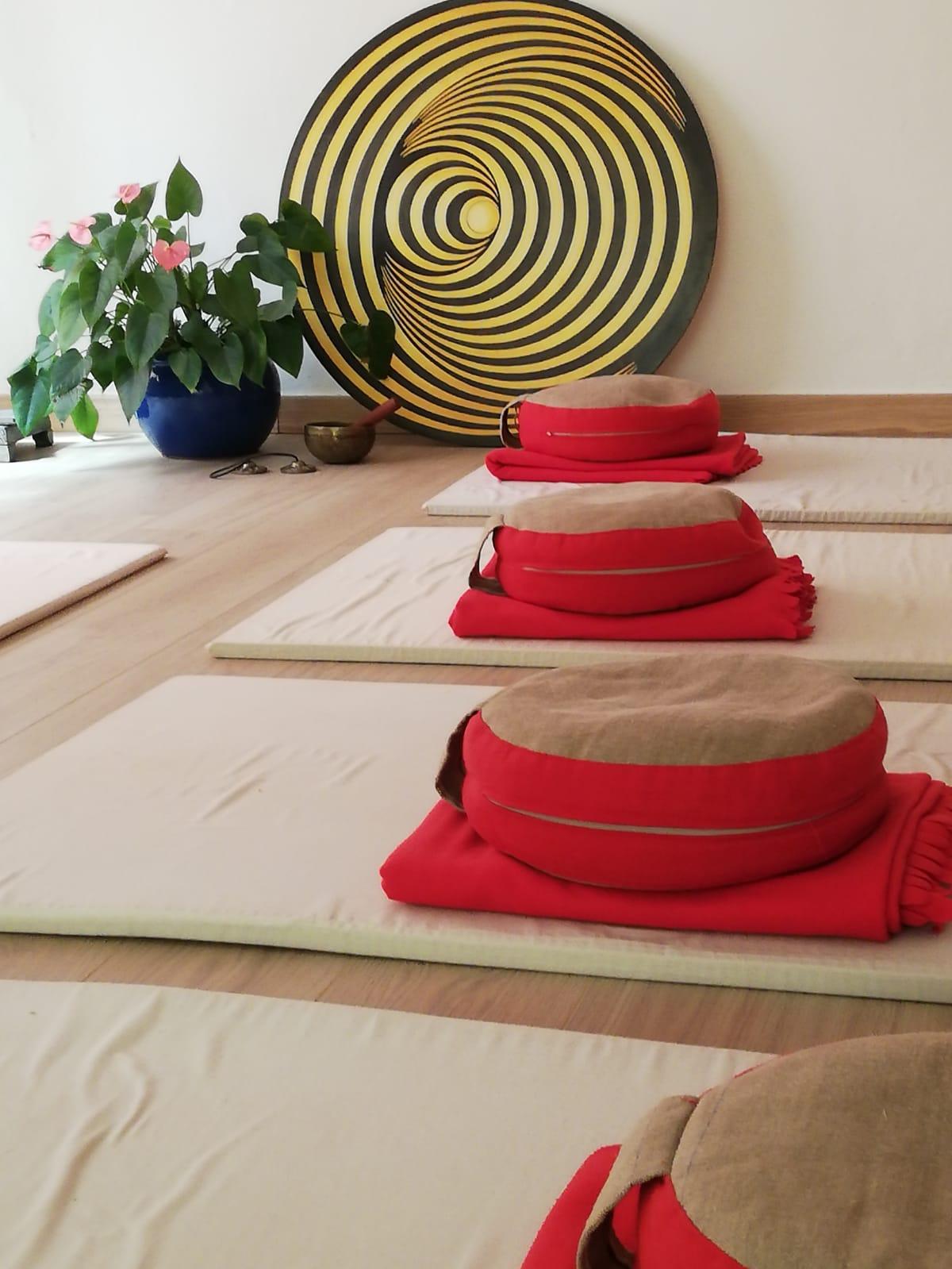 il circolo dello yoga a cusano milanino, homepage